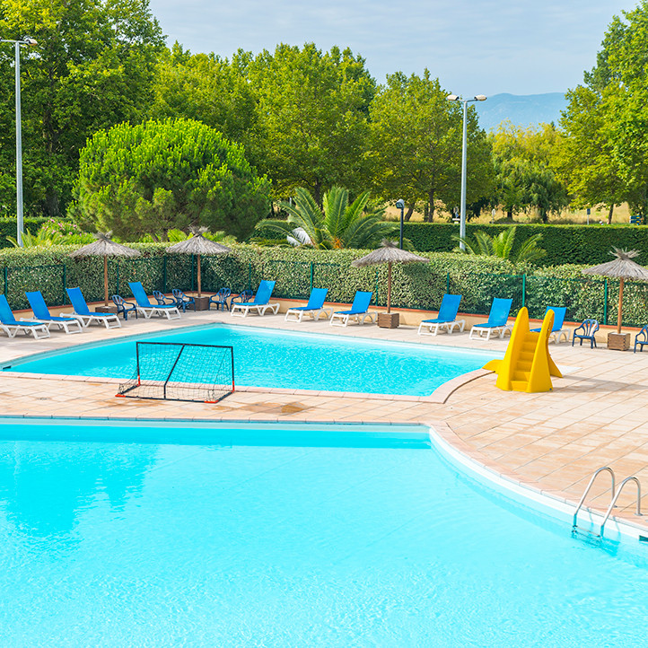 village vacances piscine saint cyprien 2